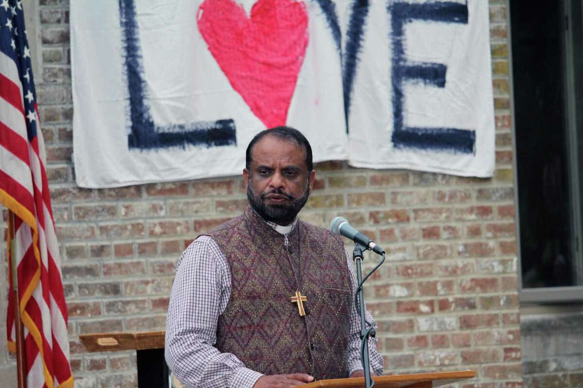Rev. George Kovoor was the guest speaker at St. Luke's Parish in Darien, Conn., on Monday, Aug. 14, at a