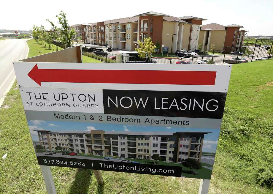 The San Antonio Housing Trust Public Facility Corp., a city nonprofit, is considering changing the agreement it reached with NRP to build the Upton at Longhorn Quarry complex seen Tuesday, July 17, 2018. Photo: William Luther, Staff Photographer / Staff Photographer / © 2018 San Antonio Express-News