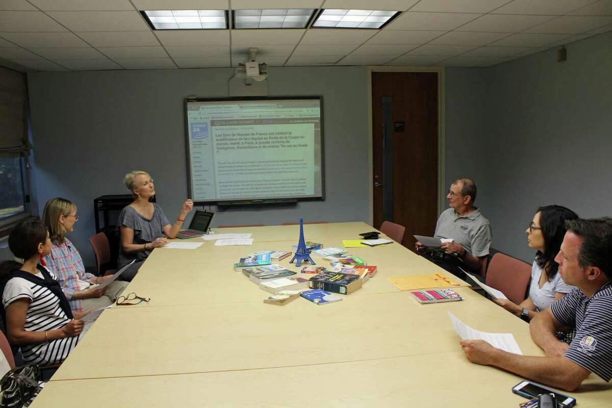 A group of French-speaking enthusiasts meet every other Thursday at the New Canaan Library to practice their French.