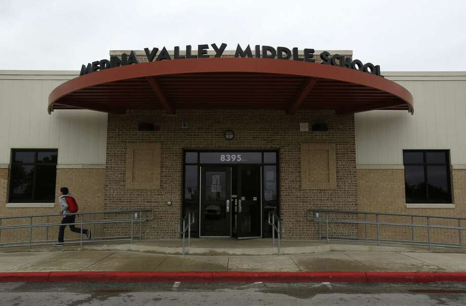Medina Valley ISD was rated one of the best school districts in San Antonio region by Children at Risk, a non-profit based in Houston. Its board is now a nominee for statewide recognition. Photo: Helen L. Montoya /San Antonio Express-News / ©2014 San Antonio Express-News