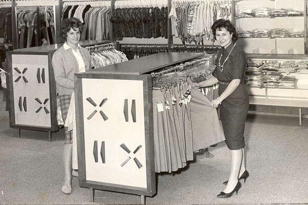 Flah's Department Store at Stuyvesant Plaza (circa 1960s).