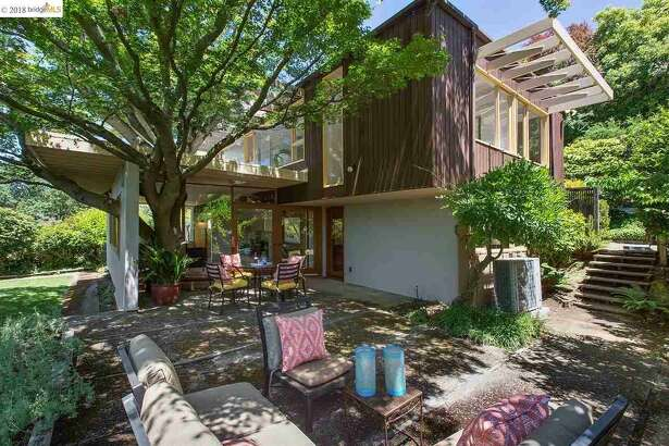 Totally preserved Henry Hill home, next door to Tilden Park, asks less than $1M.