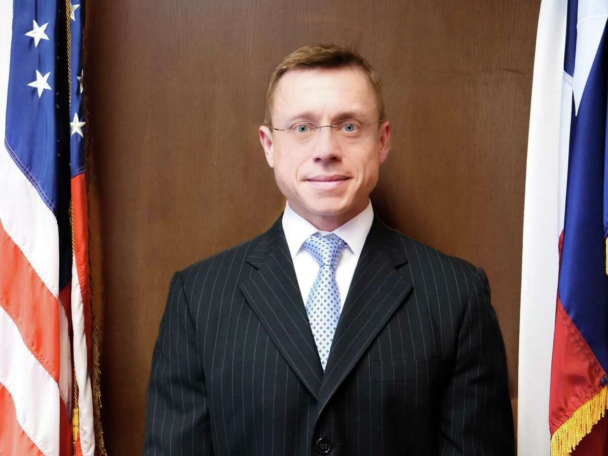 Andrew Oldham, general counsel in Greg Abbott?'s office, was nominated by President Donald Trump to serve on the 5th Circuit Court of Appeals in New Orleans. Oldham, 39, was expected to be confirmed on July 18, 2018 on a party-line vote by the U.S. Senate.