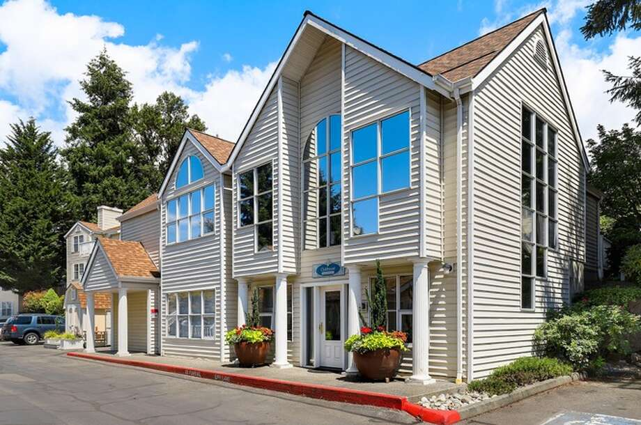 2500 118th Avenue, listed for $420,000. Photo: Listing Provided Courtesy Of Redfin Corp.