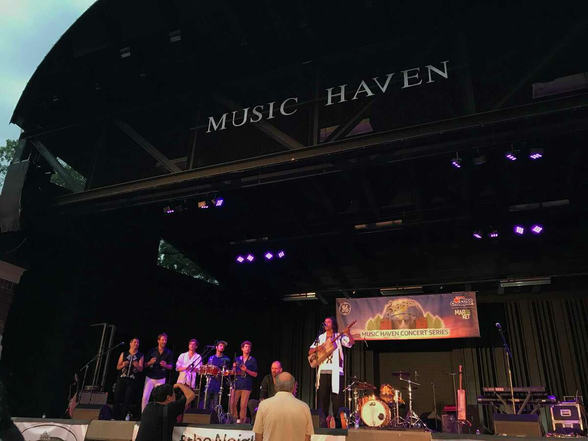 Gabacho Maroc on stage at the Music Haven (photo by Amy Biancolli)