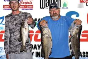 Gary Sanders and Dalton Weirach won the CONROEBASS Tuesday Tournament with a stringer total weight of 17.54 pounds.