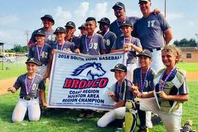 Picturef from left to right: (back) Coach Sammy Campbell, Arturo Davalos, Hudson Davis,Kashaun Justice, Coach Bryan Hines, Coach Kyle Hadash. (Middle) Casey Powers, DylanSmith, Jason Muñiz, Coleson Anzellotti. (Front) Daniel Stowe, Will Stewart, Davin Gomezand Keaton Campbell. Not pictured: Aaron Hadash