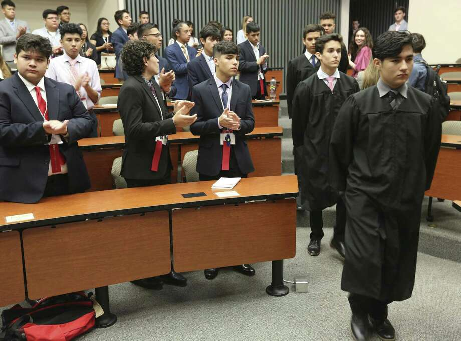 High-performing Latino high school students attend a mock legislative session at St. Mary's University's law school in July. Investment in students such as these will pay dividends. Photo: William Luther /Staff Photographer / © 2018 San Antonio Express-News