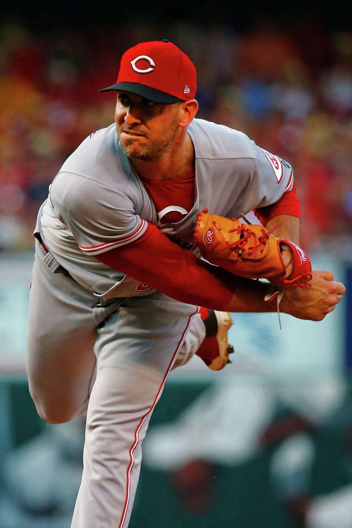 ST. LOUIS, MO - JULY 13: Matt Harvey #32 of the Cincinnati Reds pitches against the St. Louis Cardinals in the first inning at Busch Stadium on July 13, 2018 in St. Louis, Missouri. (Photo by Dilip Vishwanat/Getty Images)