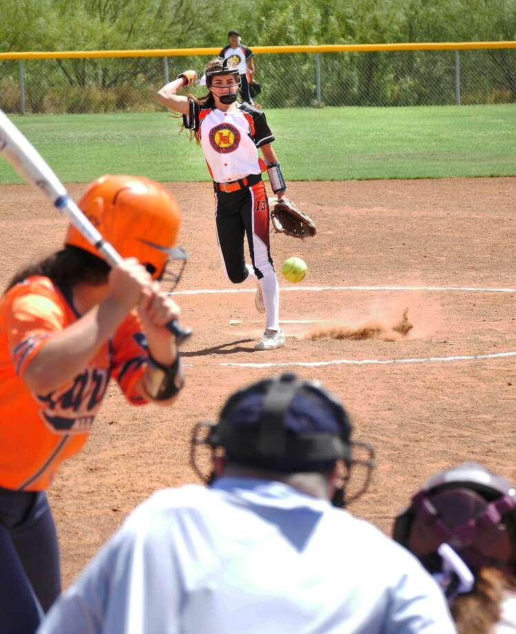 Pitcher Claudia Garza and the Lady Giants Pony 14U team were one of three local squads to pick up a Day 1 win in pool play at the 2018 PONY League South Zone World Series in Laredo on Wednesday. Photo: Cuate Santos /Laredo Morning Times / Laredo Morning Times