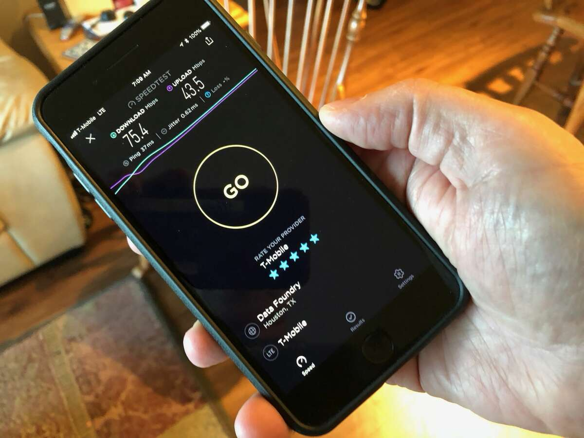 July 19, 2018, speed test of T-Mobile's LTE service in Houston, Texas, using Ookla's Speedtest app.