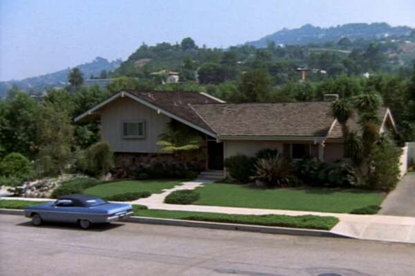 "The home featured in the opening and closing scenes of ""The Brady Bunch"" is for sale for $1.885 million. The Brady home in the episode, ""The Subject Was Noses.""  Original air date, February 9, 1973. (Photo by CBS via Getty Images)"