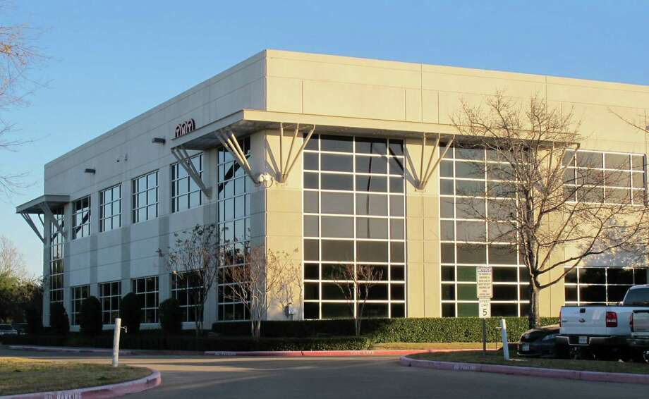 TriGate Capital signed deals with Welocalize and Gardner Denver at 785 Greens Parkway. Stream Realty Partners represented the landlord in the transactions. Photo: Transwestern