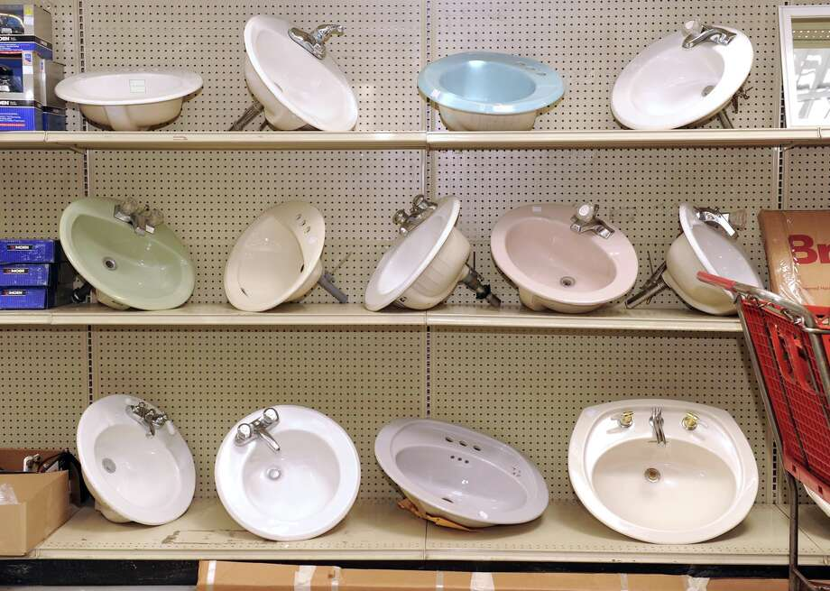 Bathroom sinks are on display at a Habitat for Humanity's Restore location. Photo: Carol Kaliff, ST / The News-Times