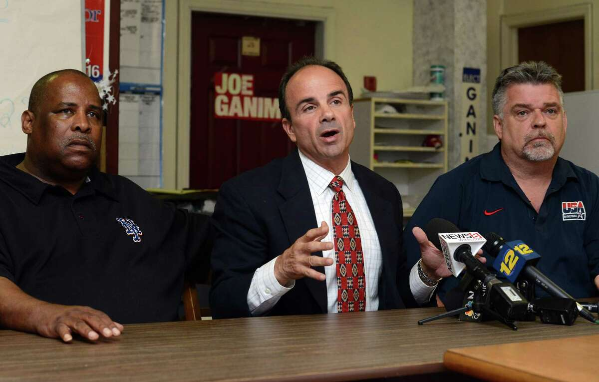 Mayoral candidate Joe Ganim, flanked by supporters Stephen Nelson and Danny Roach at a press conference following Ganim's primary election win in 2015. Roach has been a Bridgeport police commissioner for 20 years.