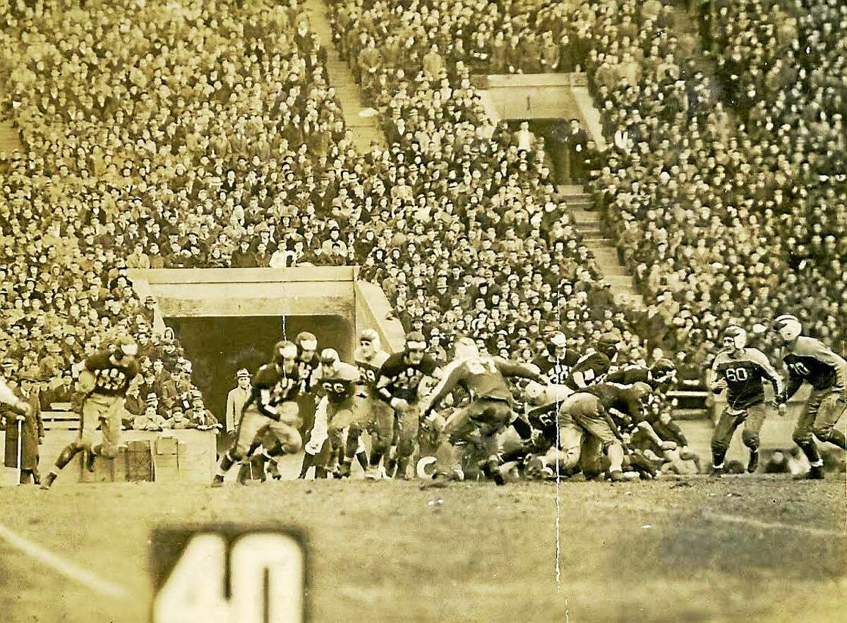 Hillhouse takes on West Haven at the Yale Bowl on Nov. 30, 1939.