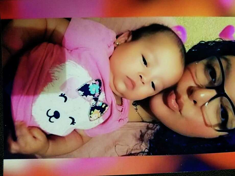 Eunice Noemi Garza junto a su hija, Dayana Leeann. Photo: Foto De Cortesía