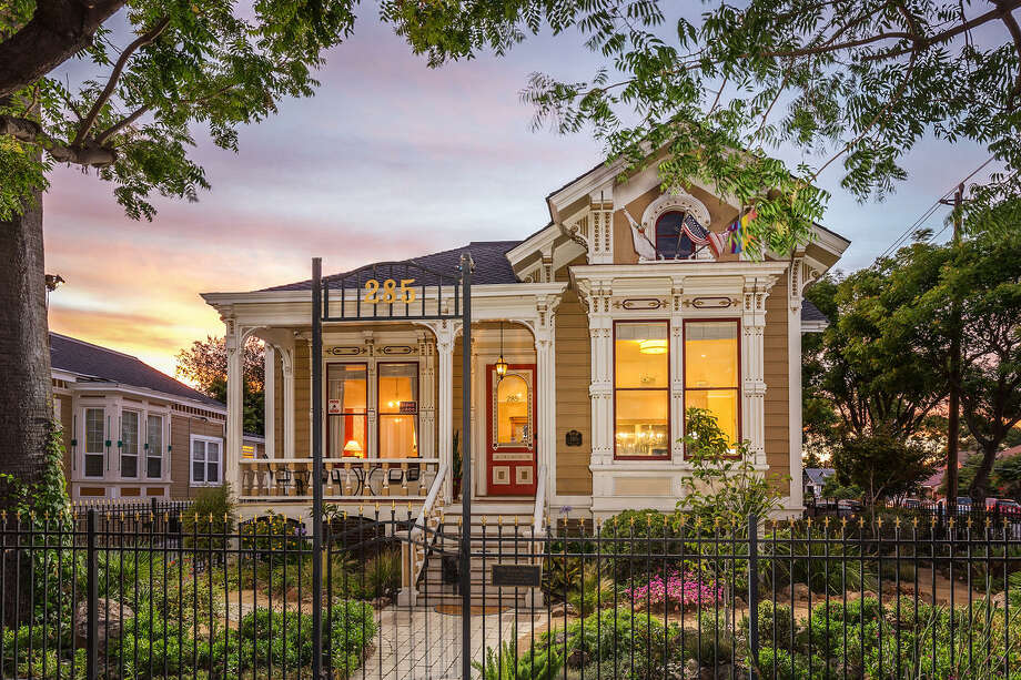 A Victorian duplex and its carriage house dating back to 1889 sits in the heart of downtown San Jose and is listed for $2.498 million Photo: Scott DuBose