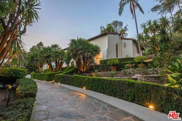 Houston-born actor, Jim Parsons has officially listed his stellar Los Angeles property for nearly $2.5 million more than what it previously sold for. Photo: Realtor.com