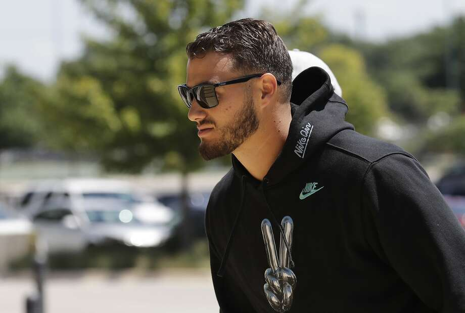 Chicago Bears quarterback Mitchell Trubisky hasn't posted on Twitter since July 2, preferring to concentrate on football. Photo: Nam Huh / Associated Press