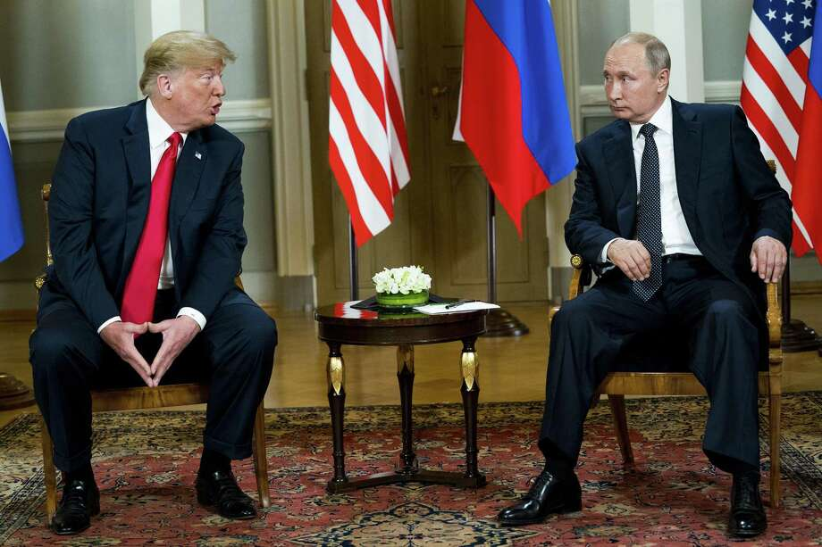 His Tuesday retraction notwithstanding, President Donald Trump embarrassed himself and his country by essentially siding with Russian President Vladimir Putin a joint press conference in Helsinki Monday. Photo: DOUG MILLS /NYT / NYTNS