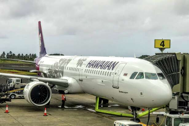 Hawaiian Airlines A321neo at Lihue Airport in Kauai departing for Oakland