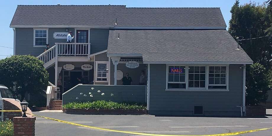 The building in Goleta where Keith David Goodwin allegedly shot himself. Photo: Rachel Swan, Santa Barbara County Sheriff