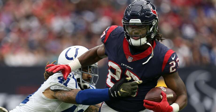 Houston Texans running back D'Onta Foreman (27) rushes the ball against Indianapolis Colts strong safety Matthias Farley (41) during the second half of the game at NRG Stadium Sunday, Nov. 5, 2017, in Houston. The Colts won 20-14. ( Godofredo A. Vasquez / Houston Chronicle ) Photo: Godofredo A. Vasquez/Houston Chronicle