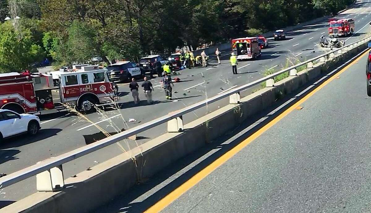 A sheriff�s chase ended early Saturday when the suspect vehicle crashed and caught fire. All westbound lanes of Highway 24 in Orinda were closed, authorities said.