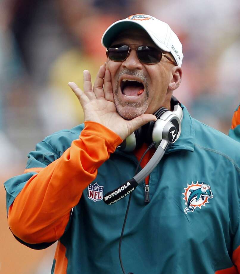 Former Miami Dolphins head coach and West Haven native Tony Sparano has died at the age of 56. Photo: Associated Pres File Photo / AP2011