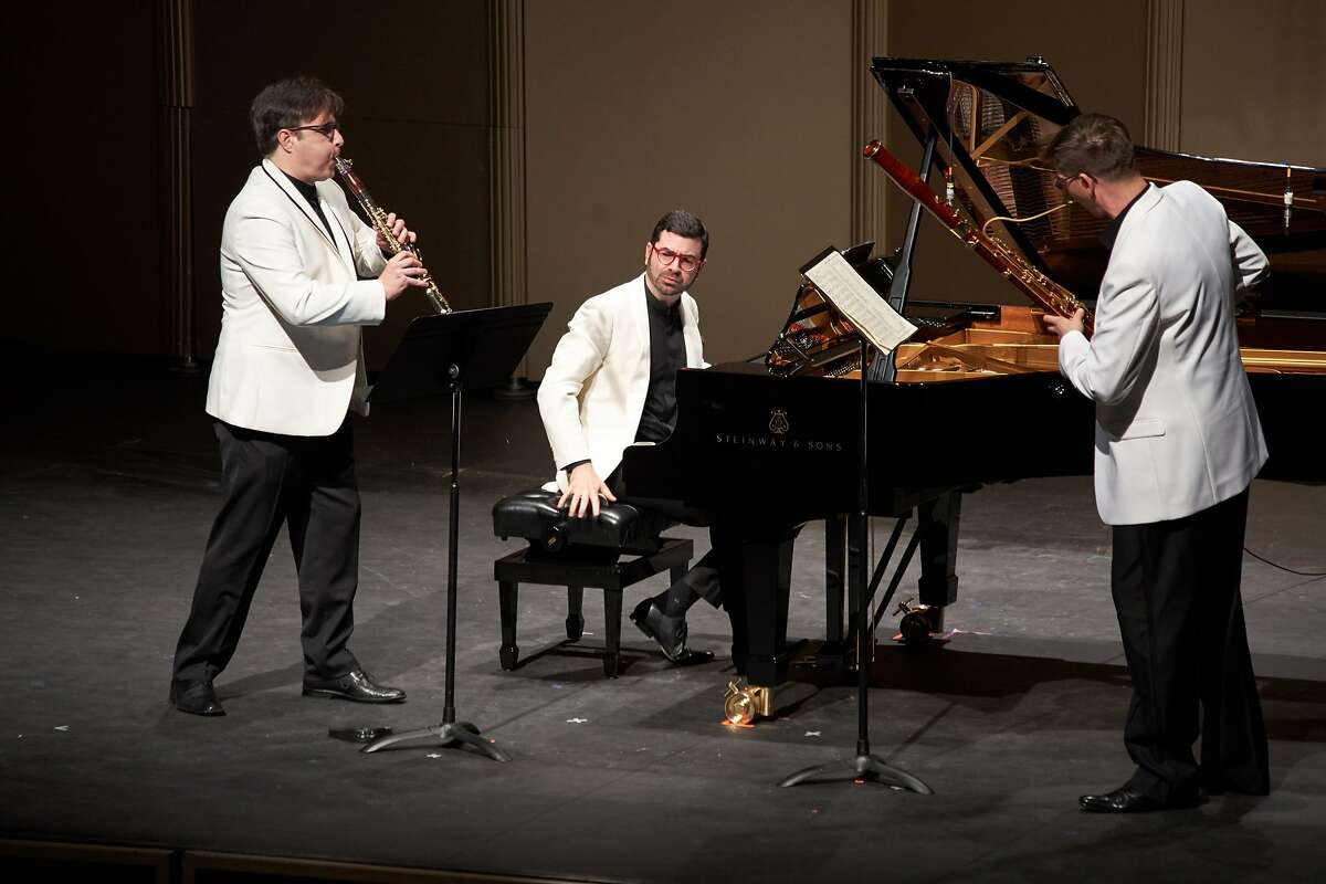 Clarinetist Jose Franch-Ballester (l.), pianist Michael Brown and bassoonist Peter Kolkay perform music of Glinka at Music@Menlo