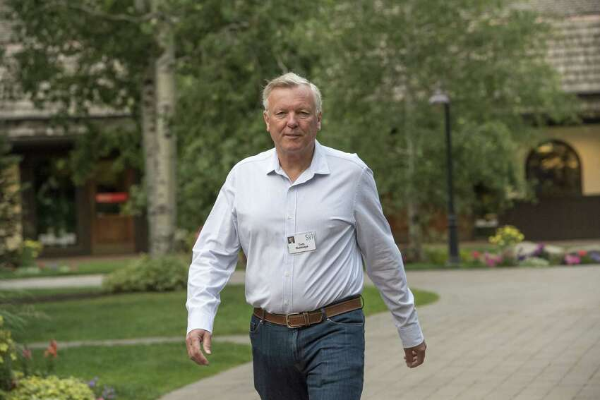 Tom Rutledge, chairman and chief executive officer of Charter Communications Inc., arrives for the morning sessions during the Allen & Co. Media and Technology conference in Sun Valley, Idaho, U.S., on Friday, July 14, 2017. The 34th annual Allen & Co. conference gathers many of America's wealthiest and most powerful people in media, technology, and sports. Photographer: David Paul Morris/Bloomberg ORG XMIT: 775005363
