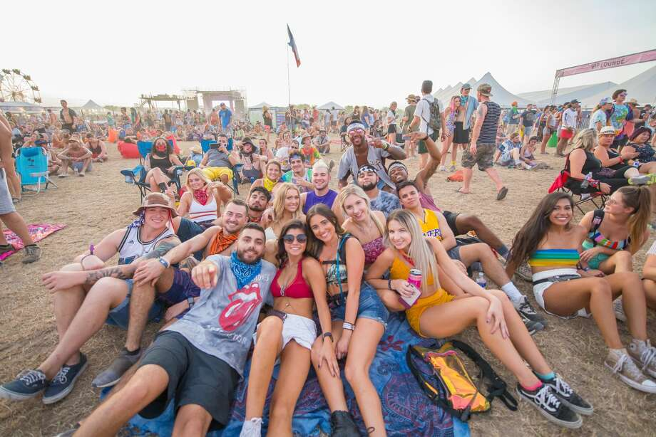 The heat didn't deter music and tubing fans on Sunday, July 22, 2018, as they hung out at Float Fest near San Marcos. Photo: Kody Melton, For MySA.com