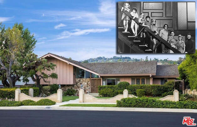 "It was America's collective childhood home throughout the 1970s. In 2018, the ""Brady Bunch"" house was sold to HGTV. Photo: The MLS ,  Realtor.com ,  Bettmann/Bettmann Archive"
