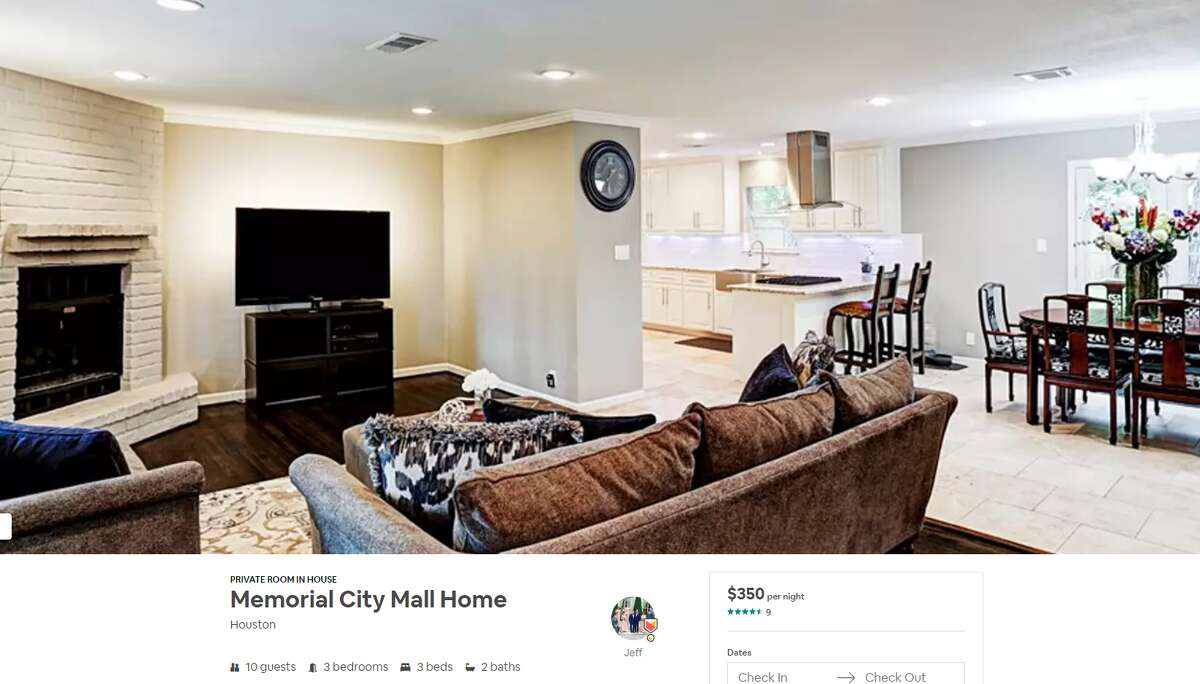 Private room Neighborhood: Memorial City Average Daily Rate: $465 Link: https://www.airbnb.com/rooms/11698612