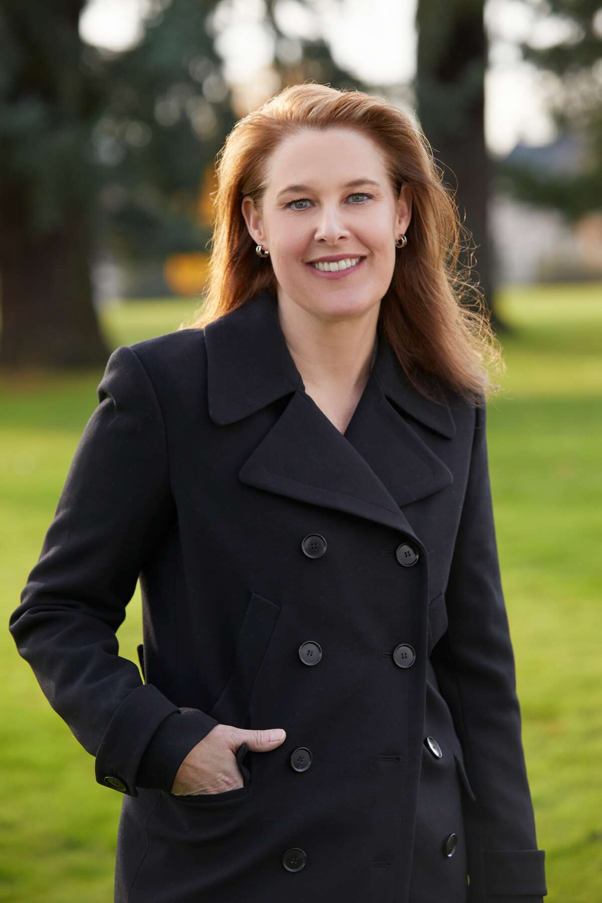Carolyn Long - Challenger for the 3rd District -- Democrat The nation could have more than one race at which to be impatient with Washington. Long, a WSU-Vancouver political science professor, has moved up on low-profile Republican Rep. Jaime Herrera Beutler in the 3rd District of Southwest Washington.