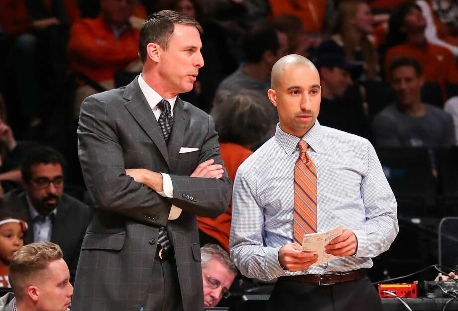 BROOKLYN, NY - NOVEMBER 21:  Texas Longhorns head coach Shaka Smart talks with Texas Longhorns assistant coach Darrin Horn during the second half of the NCAA basketball game between the Northwestern Wildcats and the Texas Longhorns on November 21, 2016, at Barclays Center in Brooklyn,NY.  (Photo by Rich Graessle/Icon Sportswire via Getty Images) Photo: Icon Sportswire/Icon Sportswire Via Getty Images