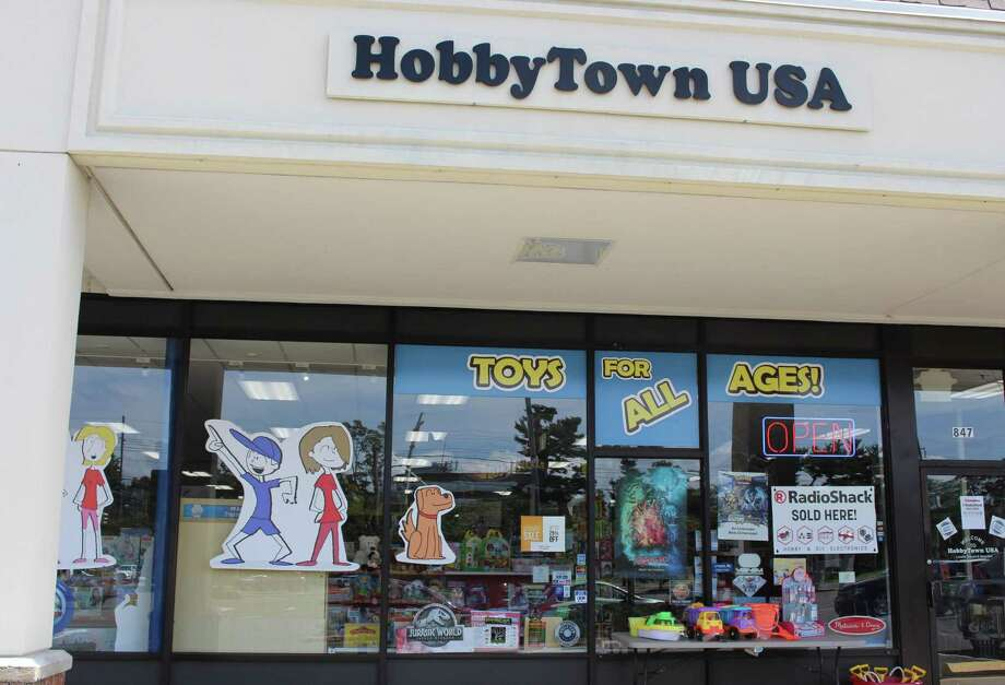 RadioShack making comeback in Fairfield HobbyTown ...