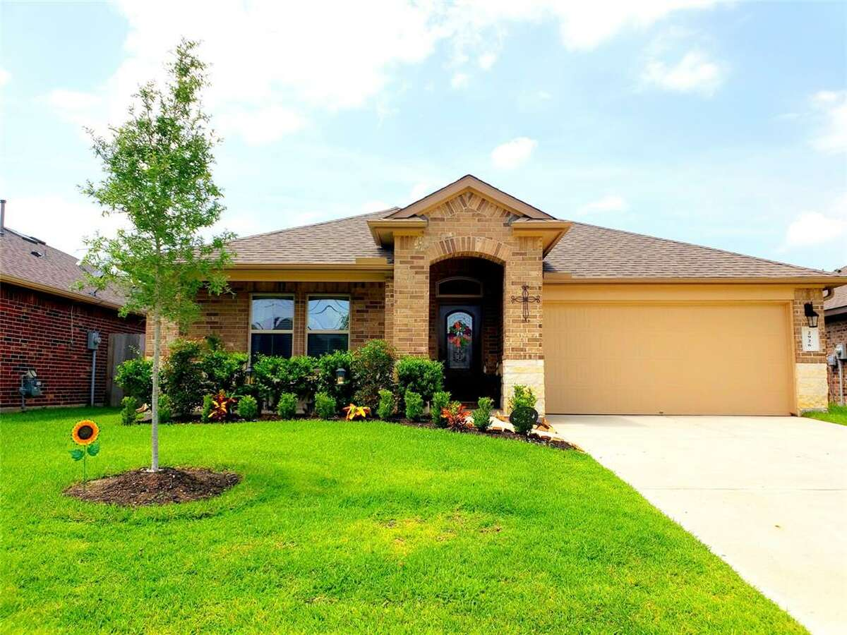 Baytown$235,740 average list price591 active listingsExample listing: 2926 Canadian Goose, $235.000Data fromJuly 24HAR real estate market overview