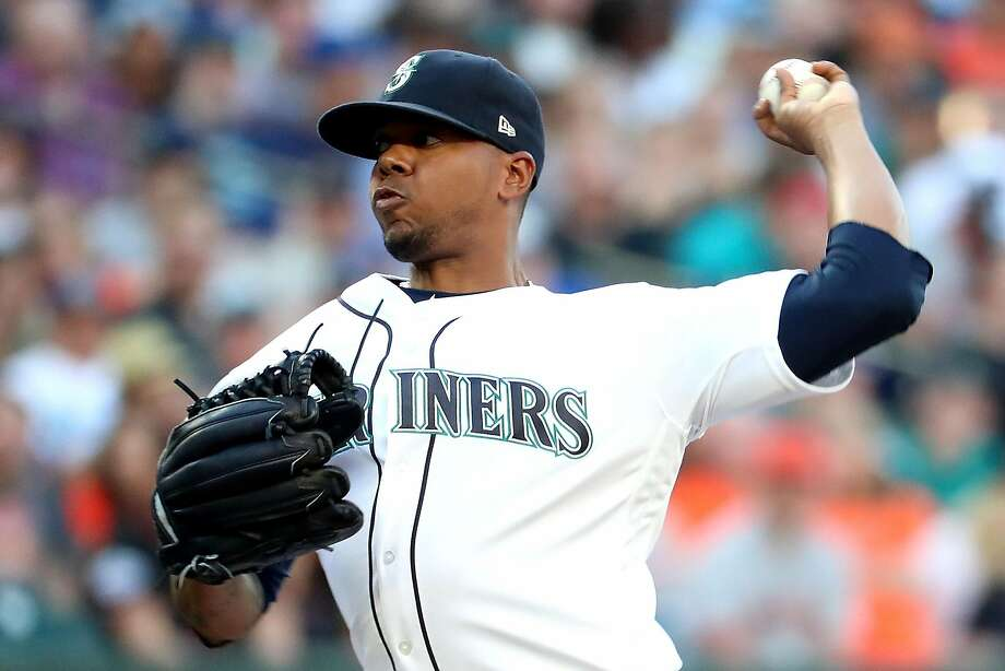 SEATTLE, WA - JULY 24:  Roenis Elias #55 of the Seattle Mariners pitches against the San Francisco Giants in the second inning during their game at Safeco Field on July 24, 2018 in Seattle, Washington.  (Photo by Abbie Parr/Getty Images) Photo: Abbie Parr / Getty Images
