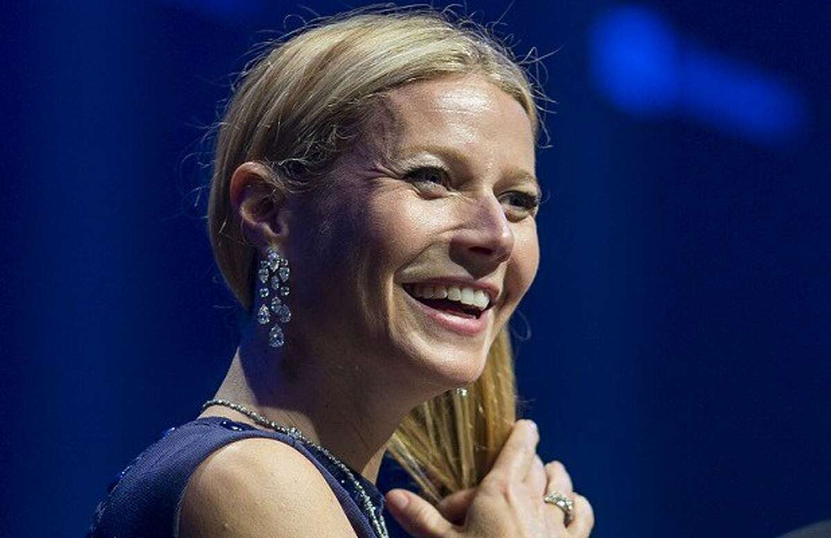 """1. Gwyneth Paltrow Doesn't Have a Butler, but a """"House Manager"""" When Brodesser-Akner asked if the man who opened the door for her and served her a glass of wine was Paltrow's butler, Paltrow responded with, """"No, he's ahouse manager."""""""