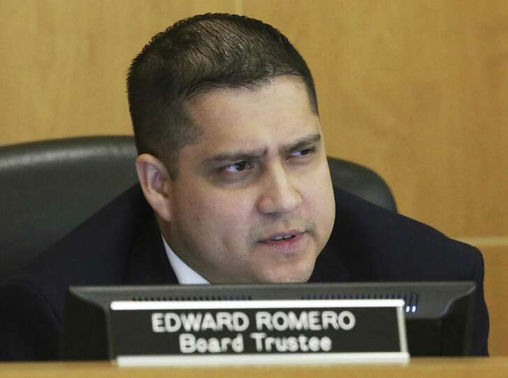 Edward Romero questions a speaker as the Edgewood ISD School Board meets with new superintendent Eduardo Hernandez on July 24, 2018.