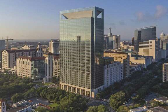 LaSalle Investment Management has acquired the Memorial Hermann Medical Plaza, 28-story medical office building at 6400 Fannin in the Texas Medical Center. The seller, a partnership of Mischer Healthcare, Memorial Hermann Health System and other private investors, opened the building at in 2007.