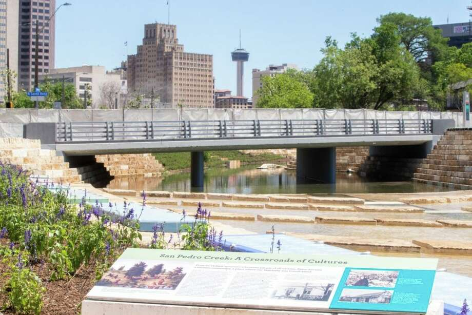 San Pedro Creek Culture Park passing under Santa Rosa Street. Michael Cirlos / Centro San Antonio. Photo: San Pedro Creek Culture Park