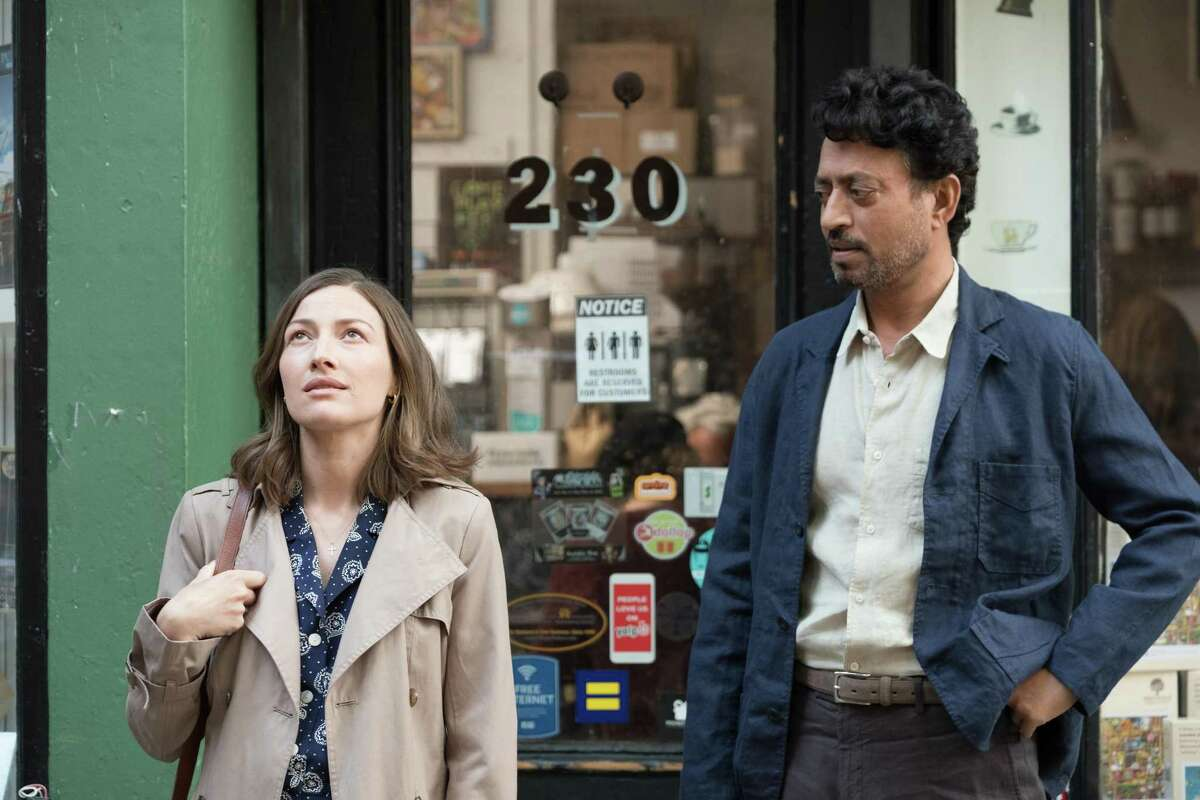 Kelly Macdonald answers an ad placed by Irrfan Khan for a partner to enter a puzzle contest.
