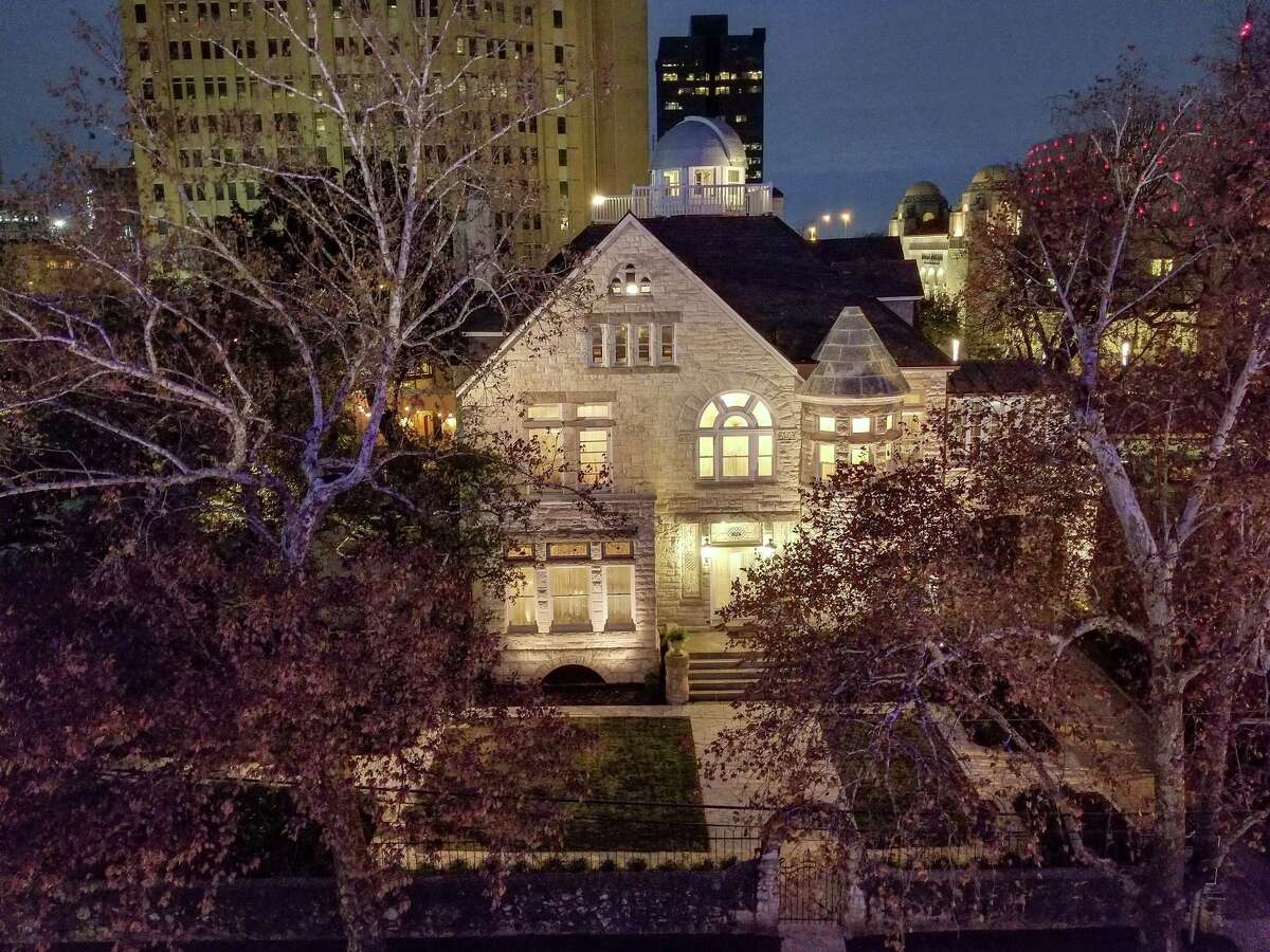 The Maverick Carter House is a Victorian historical home located on the edge of downtown.