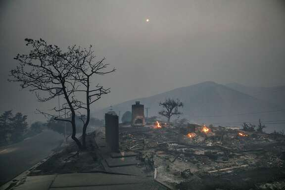 PG&E will be forced to endure a $2.5 billion charge to cover its potential liability in several wildfires that scorched the North Bay Wine Country. (Marcus Yam/Los Angeles Times/TNS)