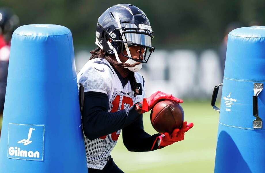 Houston Texans wide receiver DeAndre Hopkins (10) makes a catch while running a drill during training camp at The Greenbrier Sports Performance Center on Thursday, July 26, 2018, in White Sulphur Springs, W.Va. Photo: Brett Coomer, Houston Chronicle / © 2018 Houston Chronicle
