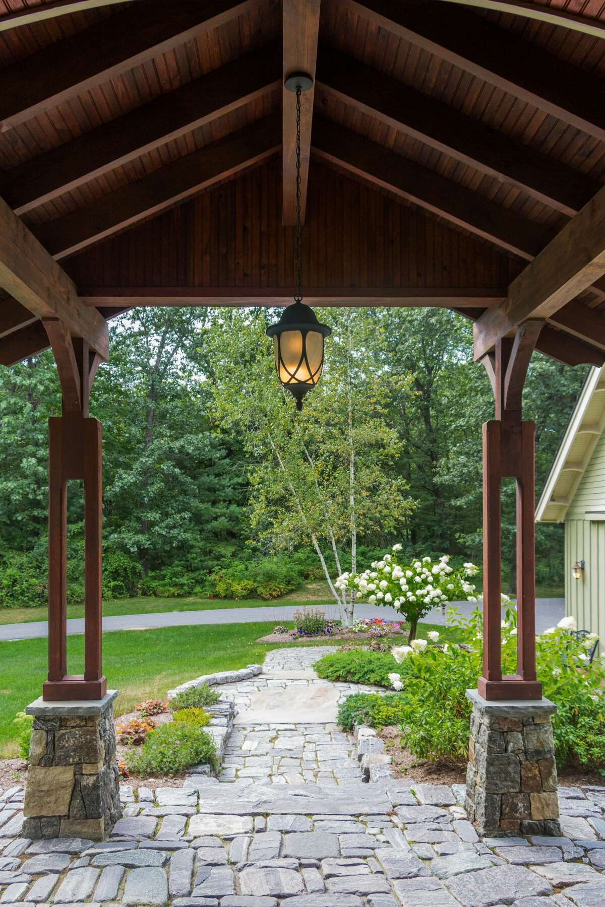 House of the Week: 149 Louden Rd., Wilton | Realtor: Andrea Demoracski of Select Sotheby's International Realty | Discuss: Talk about this house
