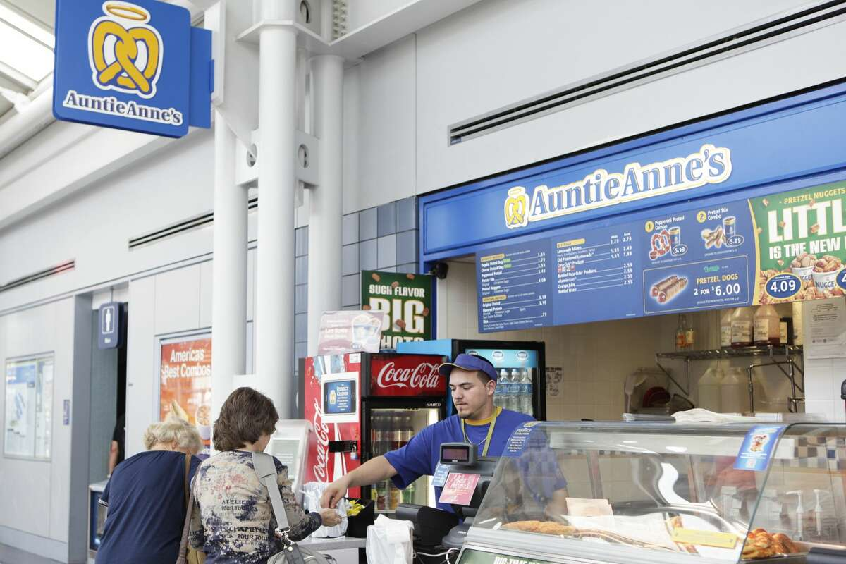 Auntie Anne's restaurant is coming to Connecticut's Bradley International Airport.